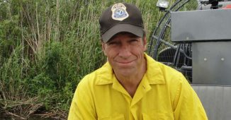 Mike Rowe from the TV Series Dirty Jobs.