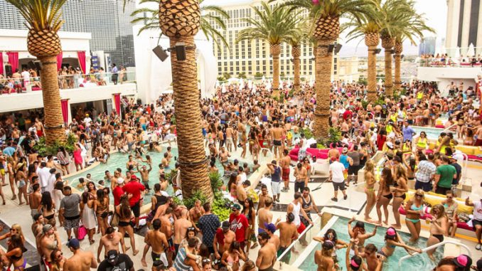 Las vegas 2018 spring break guide where to go where to party for Pool show las vegas 2018