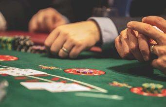 Las Vegas Casino Dealer